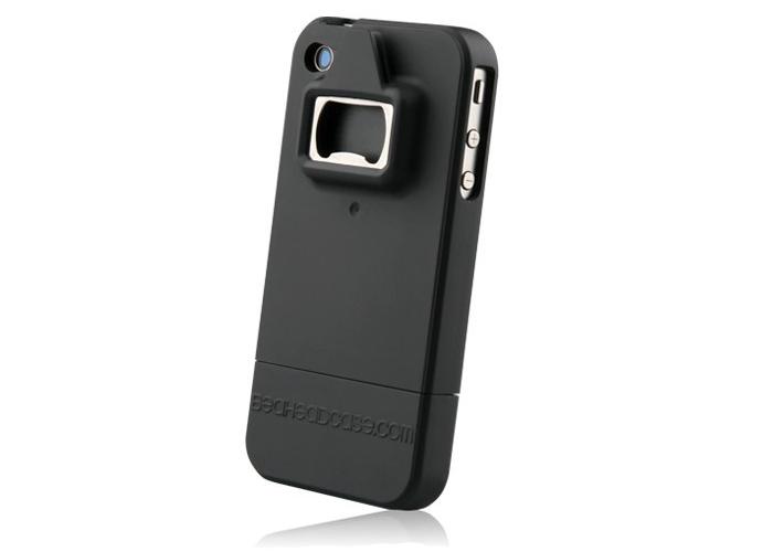 Case para iPhone 4 com abridor de garrafa e lata