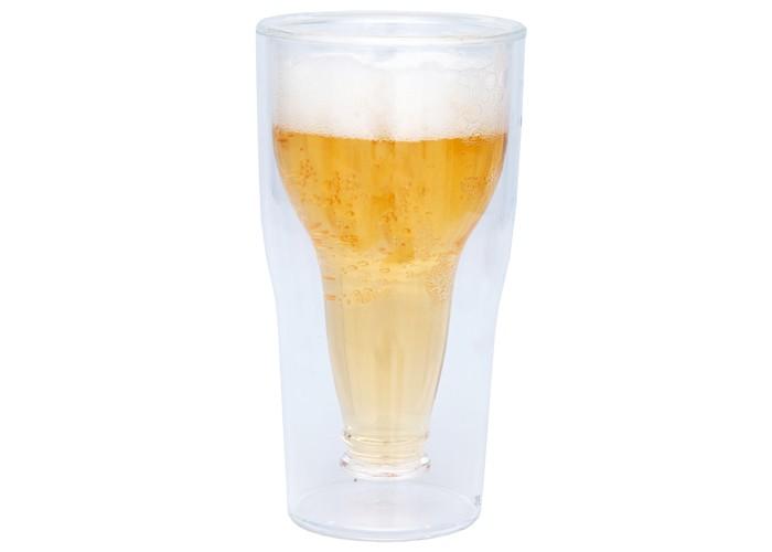 Copo de cerveja com garrafa