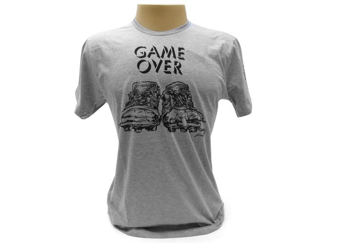 Camiseta Game Over Chuteira