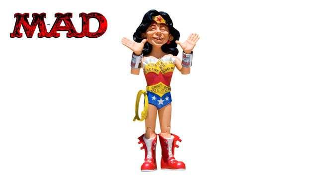 Boneco MAD Stupid Heroes Mulher Maravilha