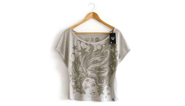 Camiseta Feminina MULHER MARAVILHA Hair - DC Comics