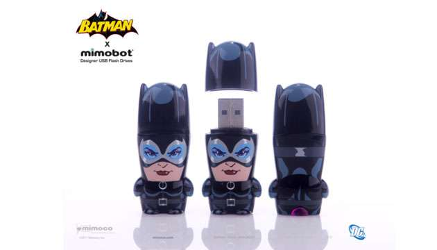 Pen Drive Mimobot® DC Comics MULHER GATO