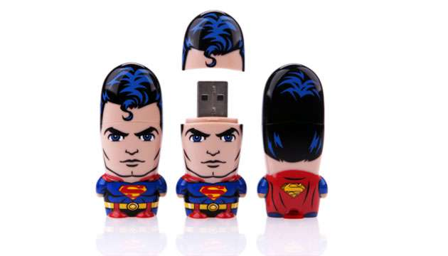 Pen Drive Mimobot® DC Comics SUPERMAN - 8GB