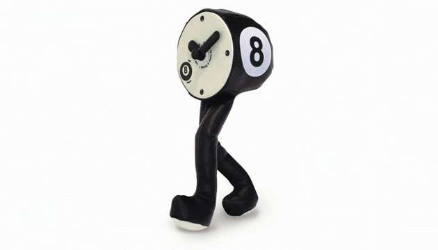 Relógio com Perninhas BOLA 8