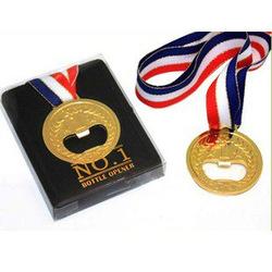 Abridor de Garrafa em Forma de Medalha Olímpica