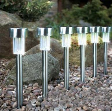 Kit com 8 luminárias solares Mini Poste para Jardim