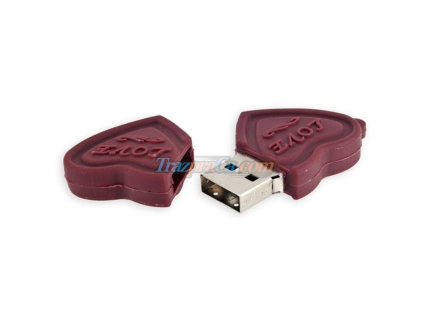 Memória USB 2GB Coração de Chocolate